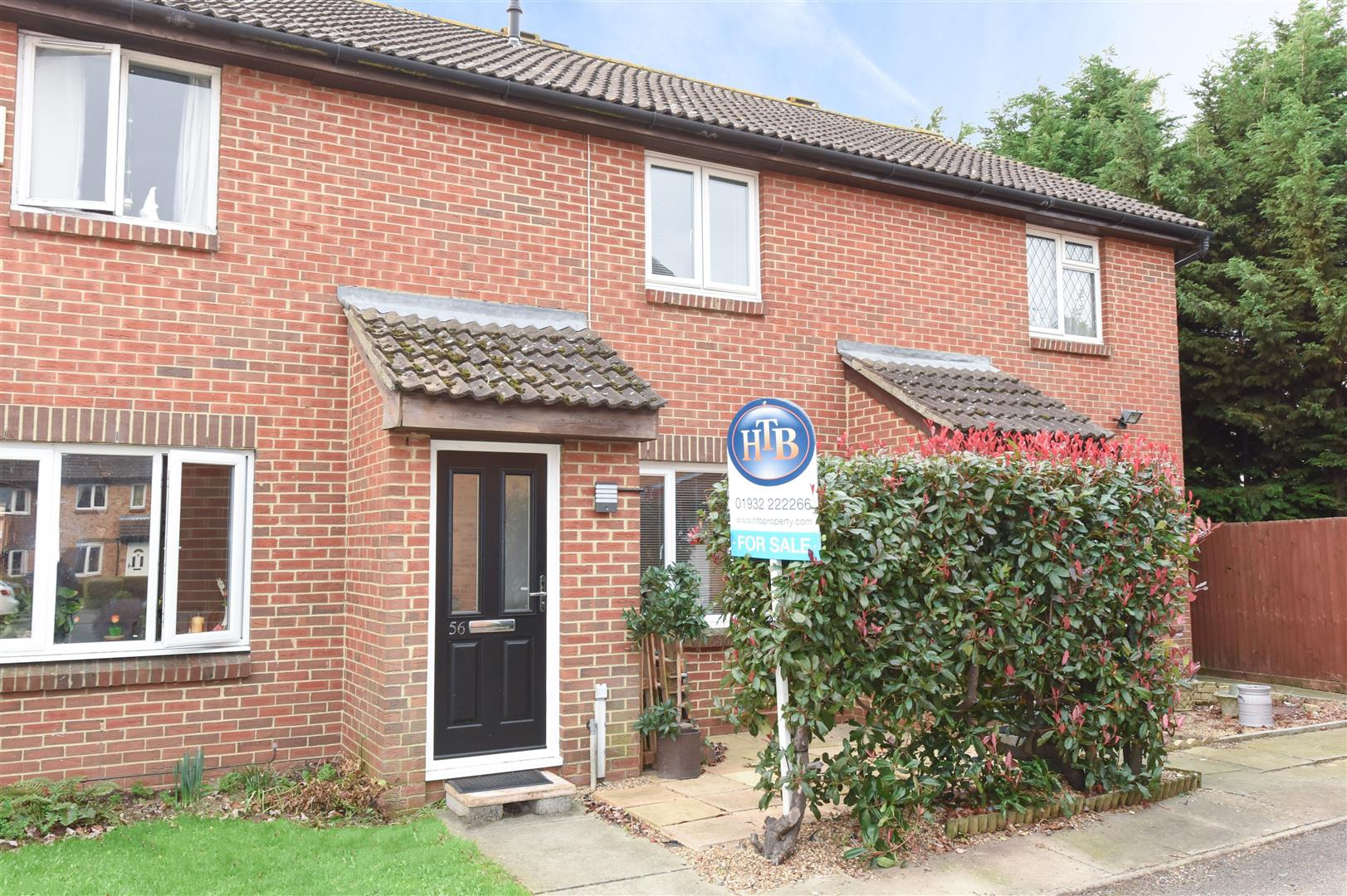 3 Bedrooms Terraced House for sale in Telford Drive, Walton-On-Thames
